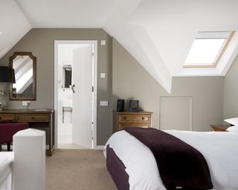 Crouchers Hotel - Chichester - Bedroom