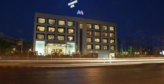 The Metropole Hotel - אחמדאבאד