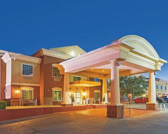 La Quinta Inn & Suites by Wyndham Dalhart - Dalhart - Building