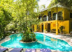 Thambapanni Retreat - Galle - Pool