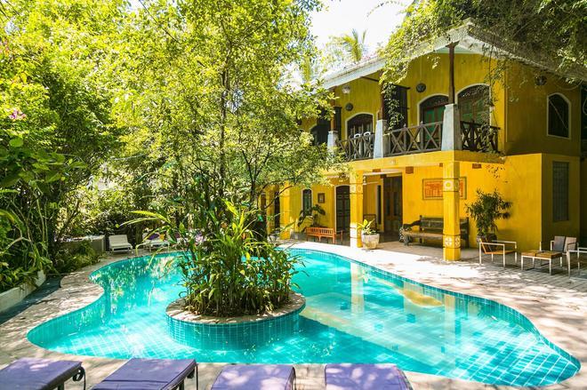塔巴派尼渡假酒店 - Unawatuna - 加勒 - 游泳池
