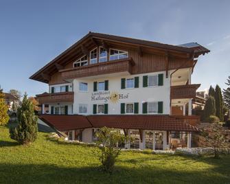 Landhotel Haflingerhof - Rosshaupten - Будівля