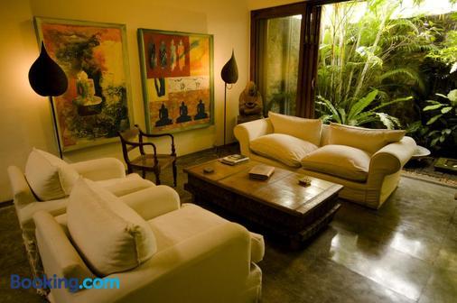 Mount Lodge Boutique Hotel - Dehiwala-Mount Lavinia - Living room