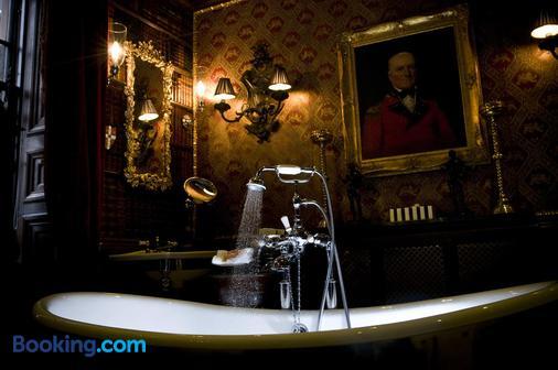 The Witchery by The Castle - Edinburgh - Bathroom