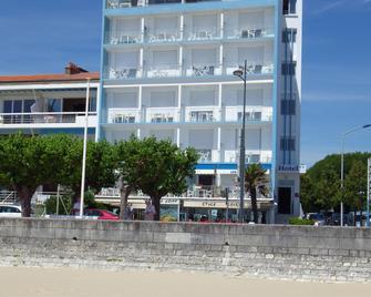 Hôtel Les Embruns Royan - Royan - Gebäude