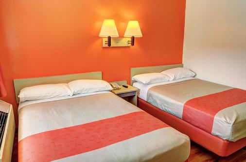 新奧爾良斯萊德爾 6 號汽車旅館 - 斯萊代爾 - Slidell - 臥室