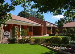 Botleng Guest House - Maseru - Edificio