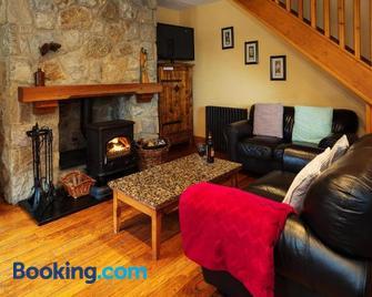 Croneybyrne Courtyard - Rathdrum - Living room