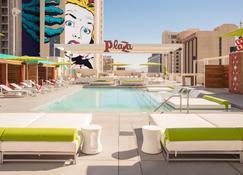 Plaza Hotel & Casino - Las Vegas - Alberca