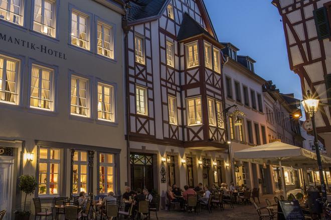 鐘聲浪漫酒店 - 特里爾 - 建築