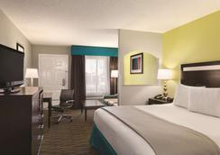 Best Western Inn - Florence - Bedroom
