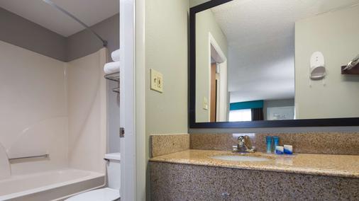 Best Western Inn - Florence - Bathroom