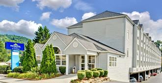 Microtel Inn & Suites by Wyndham Gatlinburg - Gatlinburg - Κτίριο