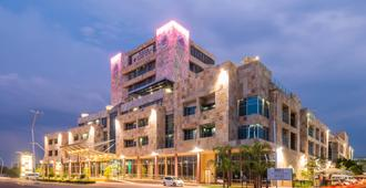 Protea Hotel by Marriott Gaborone Masa Square - Γκαμπορόνε