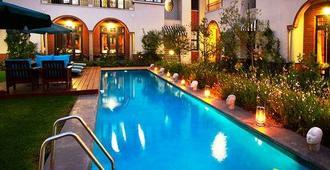 The Winston Hotel - Johannesburg - Piscina