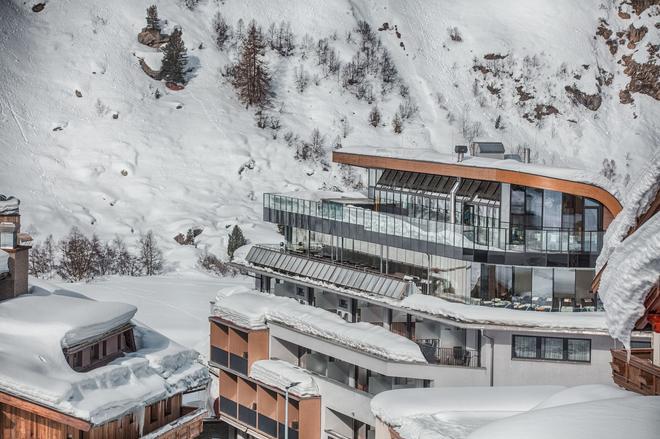 Josl Mountain Lounging Hotel - Obergurgl - Building