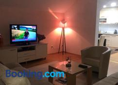 Apartments Dedic - Tuzla - Living room