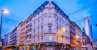 Comfort Hotel Frankfurt Central Station - Frankfurt am Main - Building