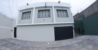 Libra Hostel - Fortaleza - Rakennus