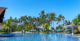Mövenpick Resort & Spa Boracay - Boracay - Πισίνα