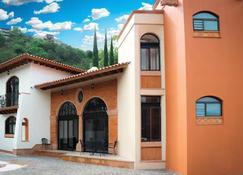 Resort Y Balneario Los Angeles - Taxco - Gebäude