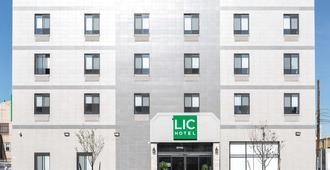 Lic Hotel - Queens - Rakennus