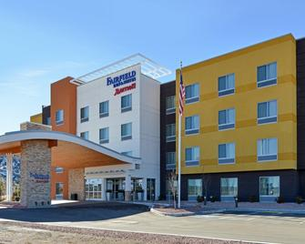 Fairfield Inn & Suites Gallup - Gallup - Building