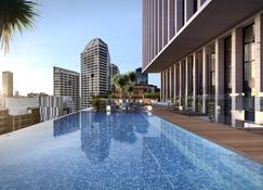 Crowne Plaza Sydney Darling Harbour - Sydney - Pool