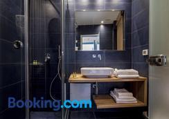 サンテリーニ ホテル - カマリ - 浴室