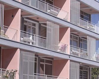 Sabah Yildizi Pansiyon - Amasra - Building