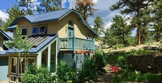 Romantic Riversong Inn - Estes Park - Κτίριο