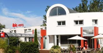 Ibis Poitiers Beaulieu - Poitiers - Edificio