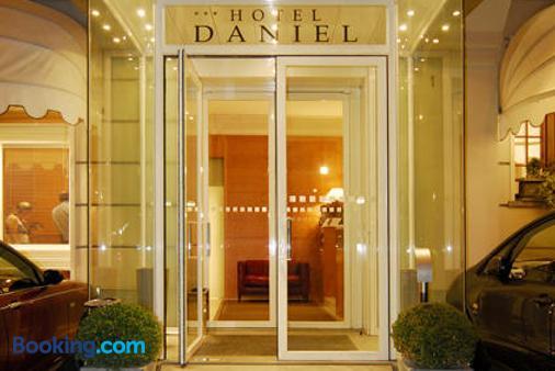 Hotel Daniel - Parma - Building