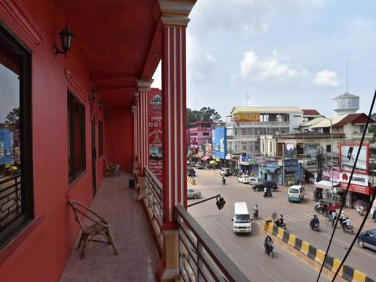 Les Parigots Guesthouse - Ciudad de Siem Riep - Balcón