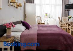 Hotel Corel - Χάγη - Κρεβατοκάμαρα