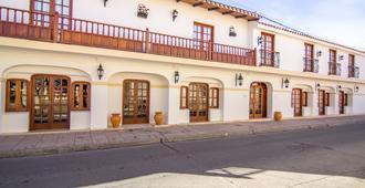 Hotel Asturias - Cafayate - Gebäude