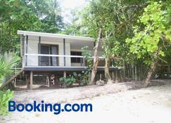 Evis Resort - Seghe - Edificio