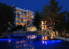 Hunguest Hotel Sun Resort - Herceg Novi - Bygning