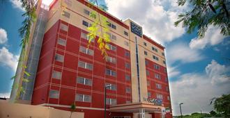 Four Points by Sheraton Queretaro Norte - Santiago de Querétaro - Building