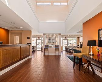 Best Western Milton Inn - Milton - Lobby