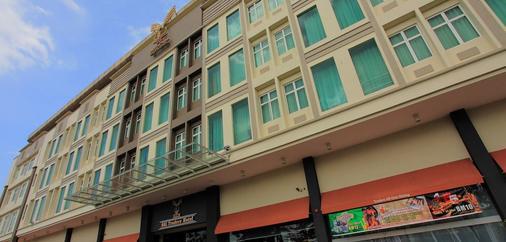SSL Traders Hotel - Taiping - Building