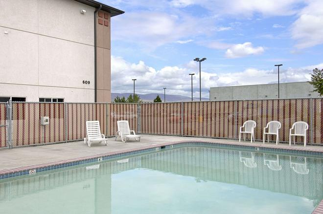 Super 8 by Wyndham The Dalles OR - The Dalles - Pool