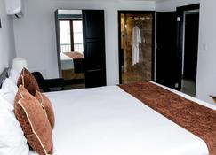 Napolitano Hotel - Santo Domingo - Schlafzimmer
