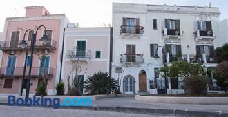 B&b Ll Castello - Lipari - Building