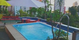 Hostel Quintal da Ilha - Santos - Piscina