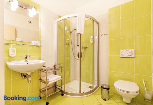 Senimo - Olomouc - Bathroom
