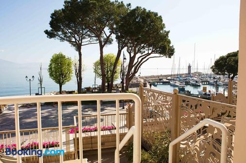 Hotel Vittorio - Desenzano del Garda - Beach