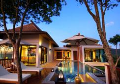 Crown Lanta Resort & Spa - Amphoe Ko Lanta - Pool