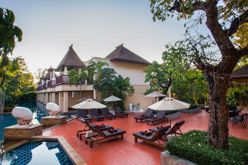 Crown Lanta Resort & Spa - Amphoe Ko Lanta - Innenhof