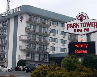 Park Tower Inn - Pigeon Forge - Building